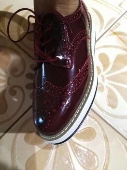 Tienda Online Mujeres Plataforma Oxfords Brogue Creepers Pisos Lace Up Zapatos de Charol En Punta de La Vendimia de lujo vino tinto de color beige Negro Rosa | Aliexpress móvil
