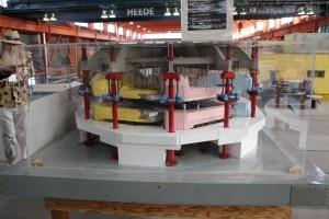 Mini Cyclotron