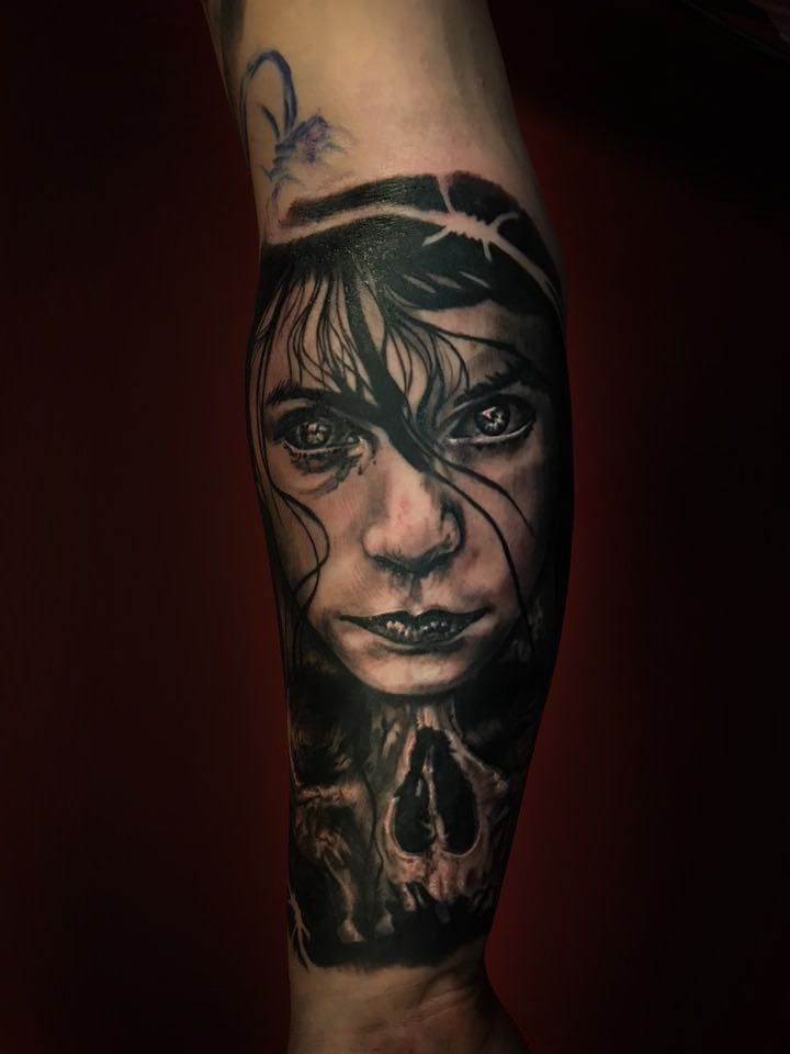 Horror Tattoo Artist Dan Keny Www Holytrinitytattoos Co Uk Holytrinitytattoos Gmail Com Send Us A Message Call Us On 07963606034 Rostro De Mujer