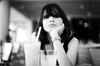 Топ-10 продуктов, которые не рекомендуется заказывать на первом свидании. https://mensby.com/women/relations/859-10-products-meet  Ваш выбор еды поможет вашей спутнице сделать свой выбор, и только от вас зависит, будет он в вашу пользу, или нет.