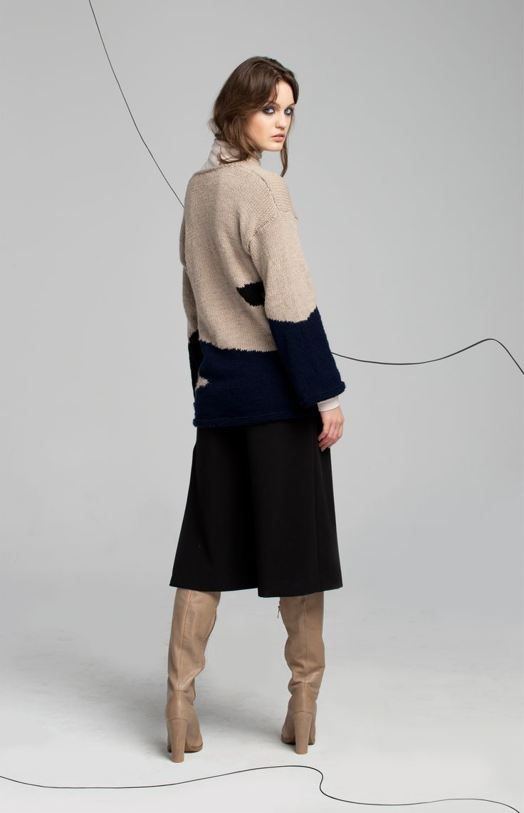 #fashion #bartmanska #aw #culottes #black #trousers #sweater #cashmere #cashmeresweater #beige #style #lookbook #lingerie #handmade