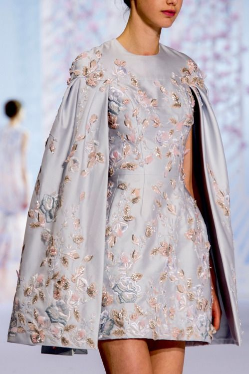 """parisfashionhouse: """"Ralph & Russo Spring 2016 Couture details """""""