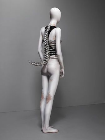 "* Shaun Leane for Alexander McQueen. ""Spine"" Corset Untitled, spring/summer 1998. Aluminum and black leather. Photo Sølve Sundsbø"