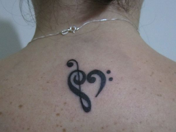 26 Elegant Small Tattoo Ideas For Girls