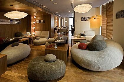 HOTEL BEAU RIVAGE 4 ETOILES NICE, Lobby area, Warm and cosy. When Luxury meets with services.