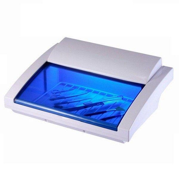 Αποστειρωτής με υπεριώδη ακτινοβολία UV YM-9007   Λάμπα αποστείρωσης για εργαλεία κομμωτηρίου - ονυχοπλαστικής - αισθητικής. Με ειδικη ασφάλεια η οποία σβήνει την ακτινοβολία με το σήκωμα της πόρτας. Ο αποστειρωτής YM-9007 είναι εξοπλισμένος με λάμπα UV υπεριώδους ακτινοβολίας που καταστρέφει γρήγορα όλους τους μικροοργανισμούς.  Είναι ιδανικός για την αποστείρωση των εργαλείων που χρησιμοποιούνται από κομμωτές και αισθητικούς.  http://www.beautymark.gr/   55,35 € με Φ.Π.Α.