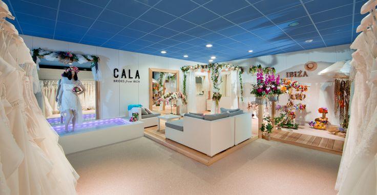 Waan je op Ibiza in onze speciaal ingerichte toonzaal in Ibiza stijl. De grootste en mooiste bruidsmode speciaalzaak Koonings Bruid & Bruidegom is geopend. Meer dan 4500m² bruidsmodeplezier met prachtige shop-in-shops.