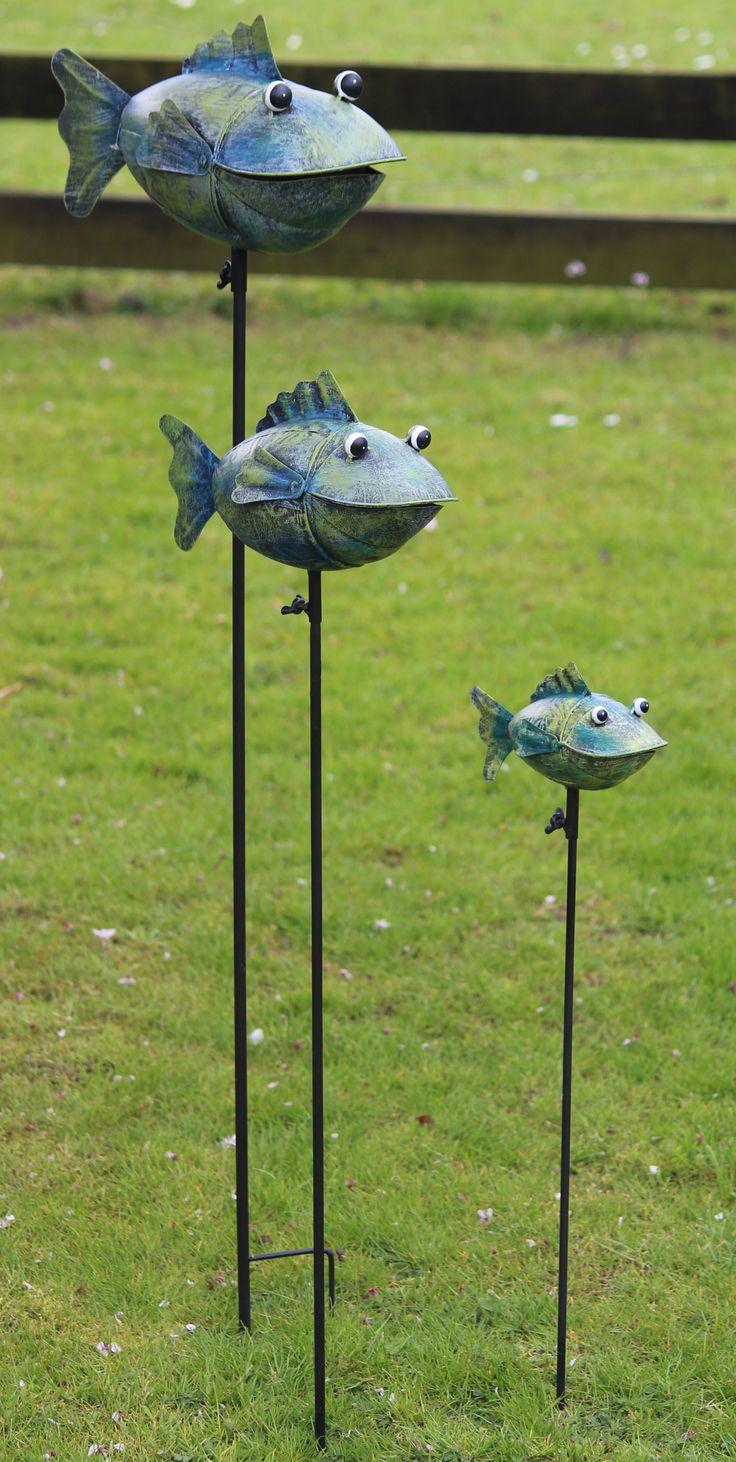 3 soorten vissen van metaal als decoratie in de tuin. Doet het natuurlijk ook goed bij een mooie vijver, Te koop bij www,robanjer,nl  let op: Zo lang de voorraad strekt!!