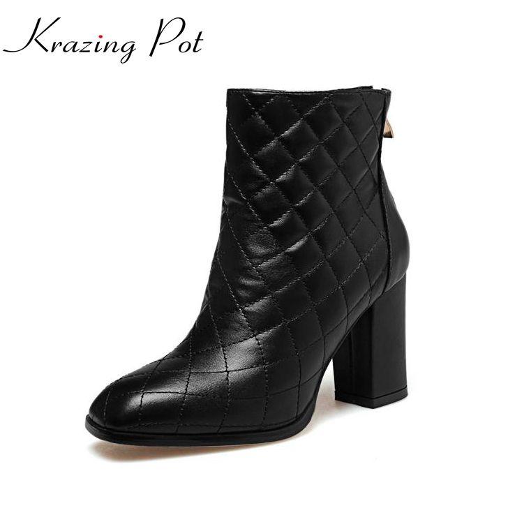 2017 Модная брендовая зимняя обувь черный Показать на толстом каблуке женские ботильоны с квадратным носком женские теплые однотонные кожаные мотоциклетные ботинки L90купить в магазине Krazing PotнаAliExpress