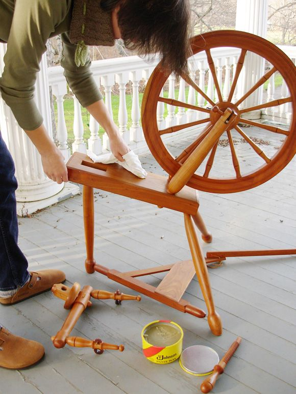 How to clean your spinning wheel