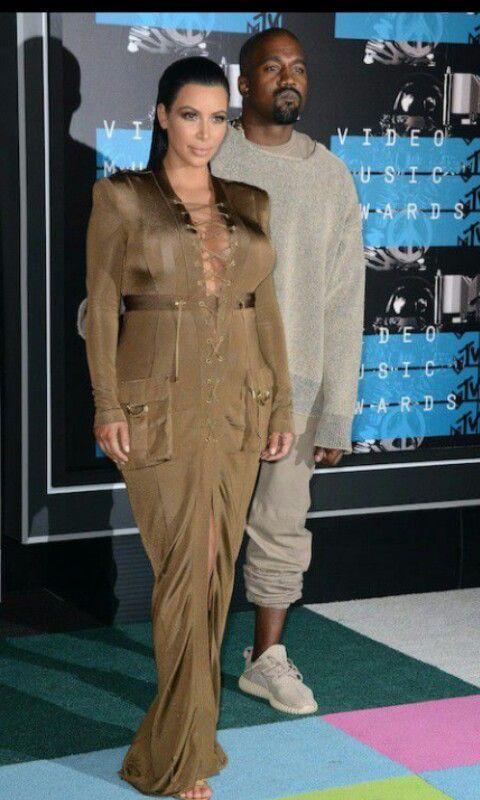 Kim Kardashian and Kany West aux MTV VMA' 2015