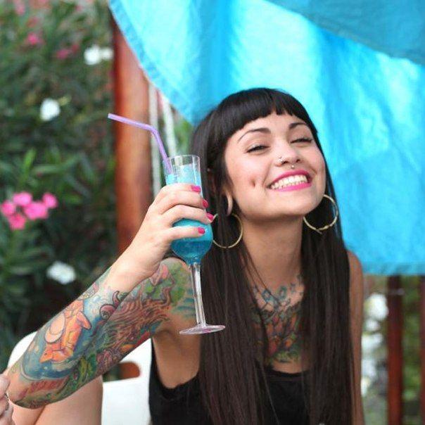 Valentina Dávila(VioletRose Suici..