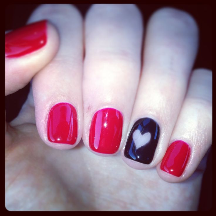 Queen of hearts ❤ #nails                                                                                                                                                                                 More