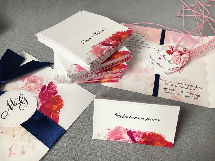 Komplecik z piwoniami 🎈#zawieszki #zaproszenia #wedding #piwonie #peonies