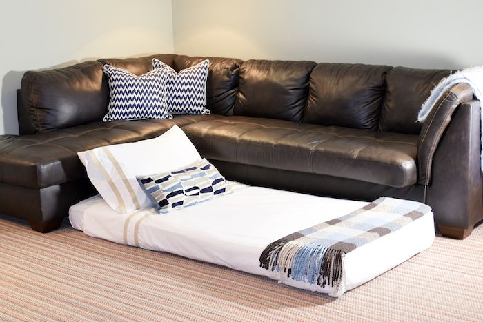 Use one of these portable beds for family travel, camping, kids' sleepovers, etc - it's also great for tiny houses and small spaces. Add this to the list of excellent double duty furniture.