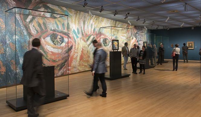 昨年、大規模なリニューアルをおこなったオランダ・アムステルダムに位置する「ヴァン・ゴッホ美術館」。その全貌を探るべく、OPENERSは今年の2月に美術館を訪れ、20世紀の芸術界にもっとも影響力を及ぼした巨匠画家ヴィンセント・ヴァン・ゴッホの