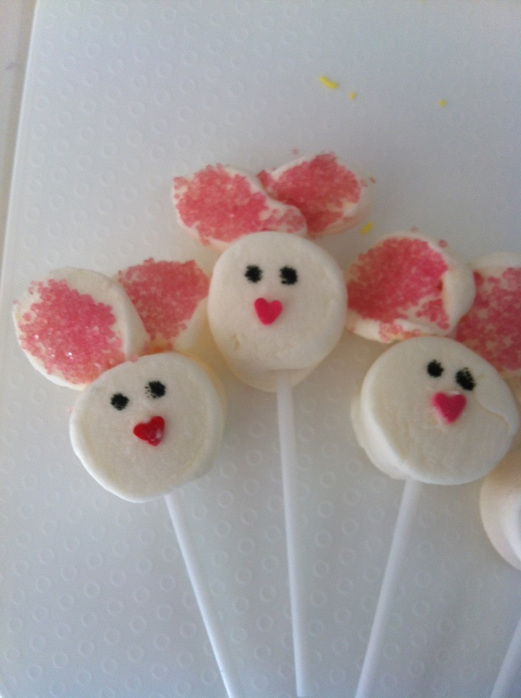 Bunny easter marsmallow pops