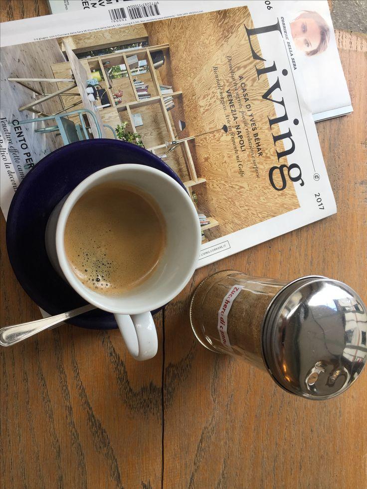 BUON LUNEDÌ! 🌈 #colazioneadogniora #monday #mondaymood #breakfast #breakfasttime #coffee #caffeine