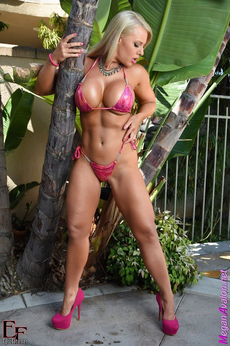 Muscle barbie megan avalon is a sexy hotel room tease 5