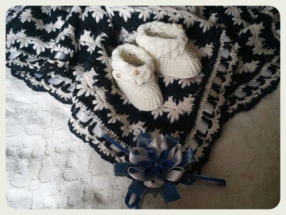 Christmas gift, Children's Knitted Blanket (warm), Warm Plaid, Kids Plaid  A blanket crocheted from very warm wool blend baby yarn, beautiful pattern. The yarn is soft, hyg... ➡️ http://jto.li/B2wEY