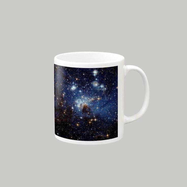 dohshin の【大マゼラン星雲にある星形成領域、LH95】マグカップ ∞ SUZURI(スズリ)