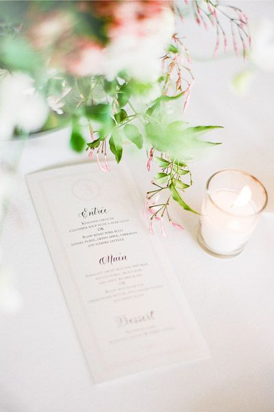 Mimick romantic stylig with beautiful font on your stationery. Image: Jemma Keech