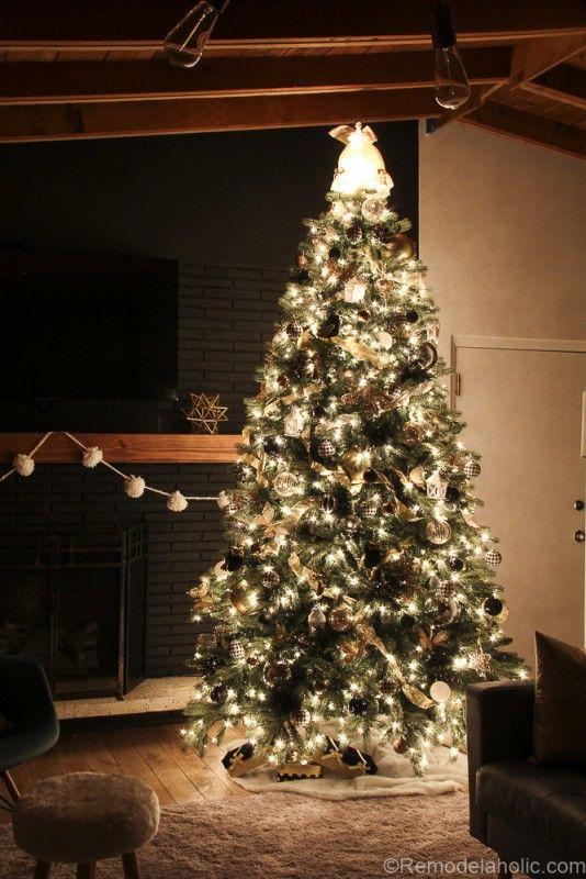 Elegant christmas tree decorating themes - photo#39