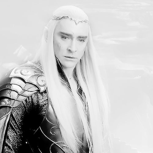 Lee Pace as Thranduil in The Hobbit Trilogies (2012-2014) (gif)