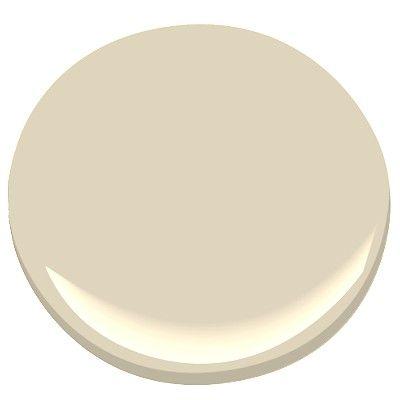 Benjamin Moore: Cream Fleece 233