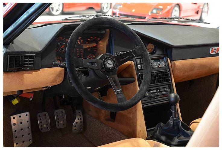 Lancia Delta S4 Stradale Interior cockpit