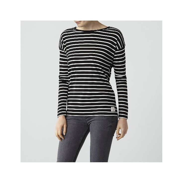 The Breanna Tee is perfect for relaxed weekends wear yours with jeans and a knit. Buy online now #linkinbio  #autumn #autumnfashion #style #fashion #stripes