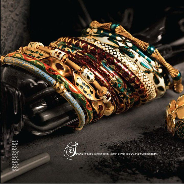 gold bangles from tanishq