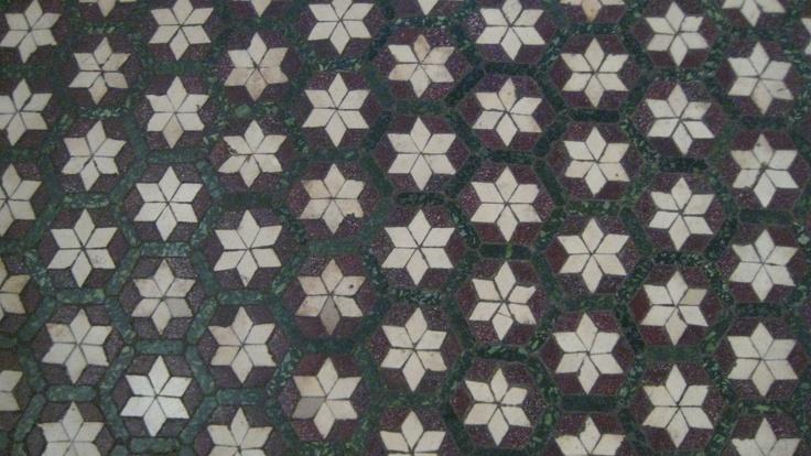 Floor full of stars Rome