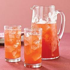 Here's a non alcoholic Thanksgiving Punch that is awesome!   http://FourSeasonGourmet.com/thanksgiving-punch/