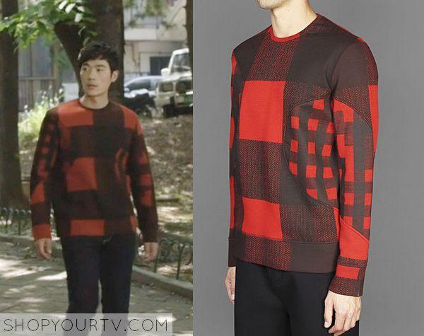 Golden Cross: Episode 10 Kang Do Yoon's Red and Black Sweatshirt - ShopYourTv
