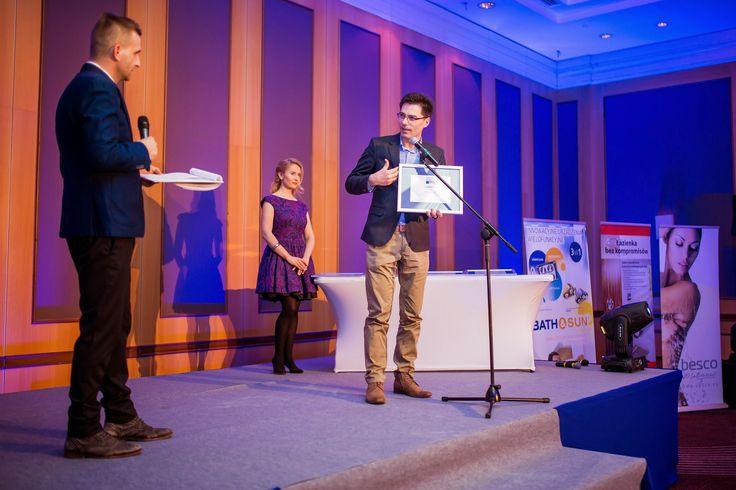 Dyrektor Oddziału Łódzkiego odbiera nagrodę Salon Roku 2015!