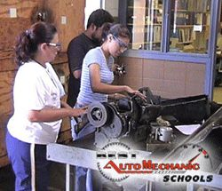 Check out the Top Auto Mechanic Schools in Fort Worth (TX) - http://best-automechanicschools.com/fort-worth/