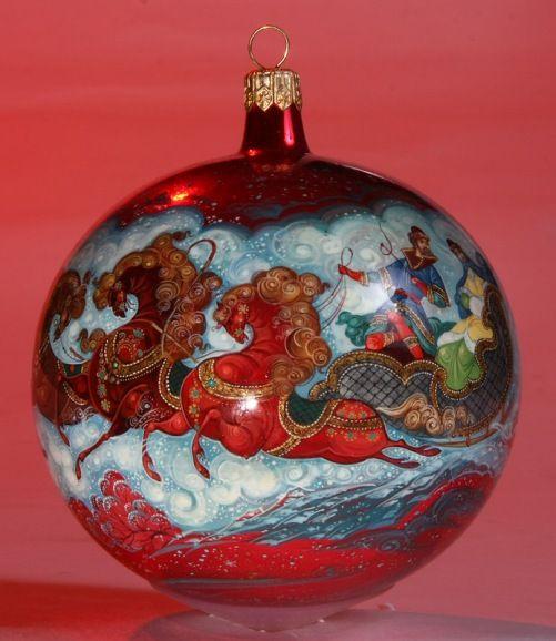 Christmas-Glass-ball-Lacquer-miniature-painting-by-Morozov-art-studio-Village-Holuy-Ivanovo-region-Russia-11.jpg (501×578)