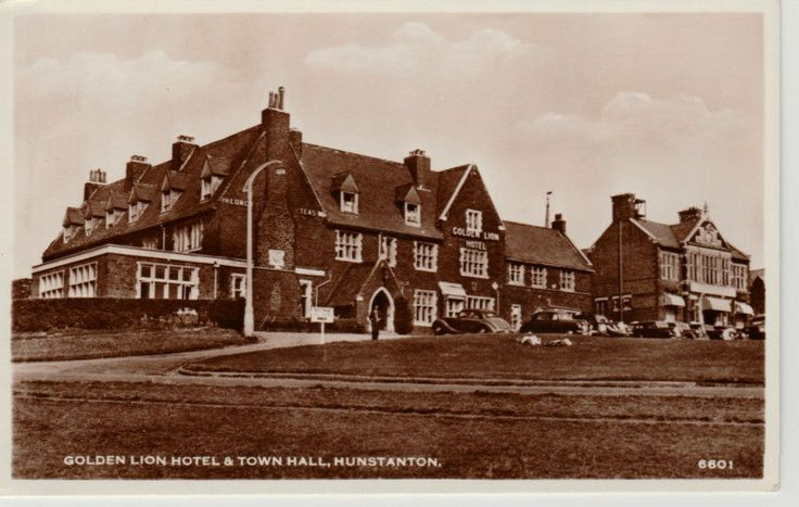 RP Early HUNSTANTON Gold Lion Hotel and Town Hall - people, vintage cars | eBay