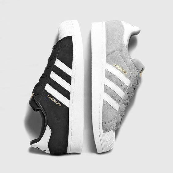 Boys and Girls, der adidas 'Superstar Suede' zeichnet sich durch seinen Wildleder-Upper aus. Hier entdecken und shoppen: http://sturbock.me/U60