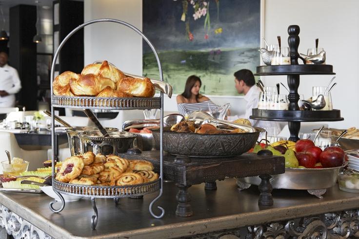 Dash Gallery | Newmark Hotels