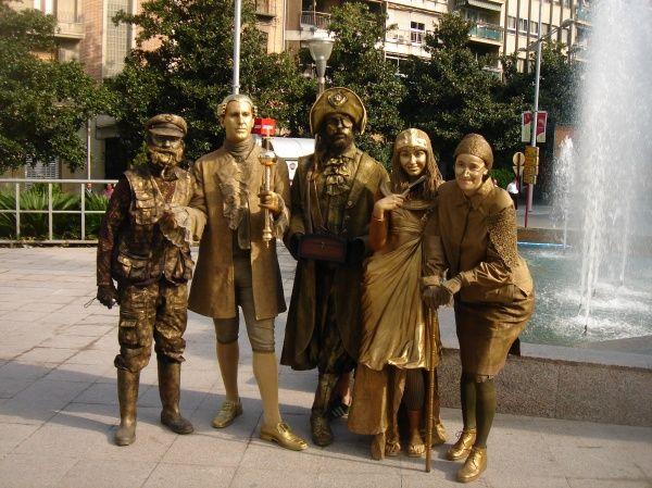estátuas humanas
