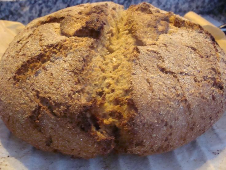 Pane fatto in casa con lievito di pasta madre molino rosso
