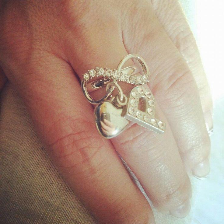 Anche con due lettere del ♥...#bijoux#bigiotteria#accessory#love#madeinitaly#name#heart#rings#