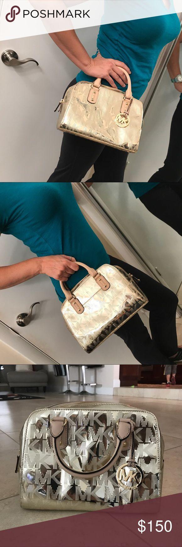 Cool Michael Kors Bags Michael kors gold purse satchel handbag Harder to find signature small mirror go... Check more at http://24myshop.ga/fashion/michael-kors-bags-michael-kors-gold-purse-satchel-handbag-harder-to-find-signature-small-mirror-go/
