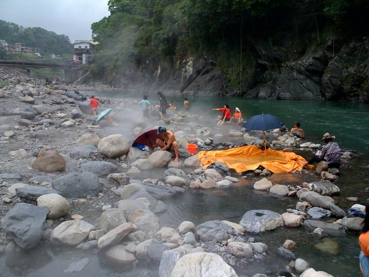 The Hot Springs at Jiaoxi in Taiwan; Mandarin Chinese and Community Service Program - Teen Summer Travel Programs | Road Less Traveled