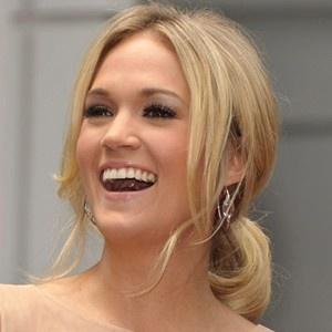 Carrie Underwood :)