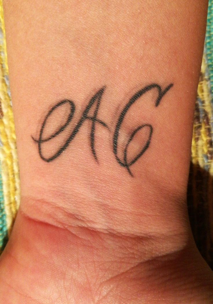 Oltre 25 fantastiche idee su tatuaggio nonni su pinterest for Che disegna piani di casa vicino a me