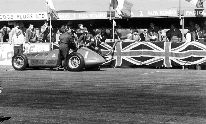 #1 Juan Manuel Fangio (Arg) - Alfa Romeo 158 (Alfa Romeo 8S) oil line / connecting rod (3) Alfa Corse / SA Alfa Romeo