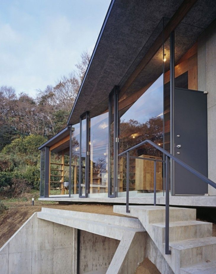 Concrete Construction House Transparent Glass Installation With Steel Frame - pictures, photos, images